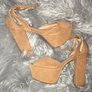 Jeffrey Campbell chunky heels size 6M